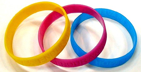 "Silicone Wristband Bracelets simiilar to Lance Armstrong's ""Livestrong"" bands"